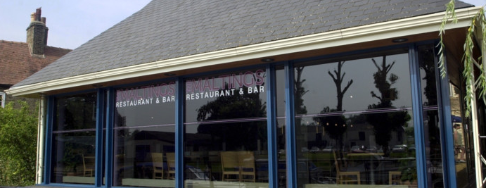 Ta Bouche Cocktail Bar